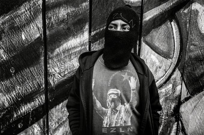 Die Menschen der Zapatista-Bewegung folgen noch immer dem gründer Emiliano Zapatista, der 100 Jahre zuvor gegen reiche Großgrundbesitzer aufstand, die Gemeinden für ihre Interessen plünderten. Quelle: kwerfeldein.de