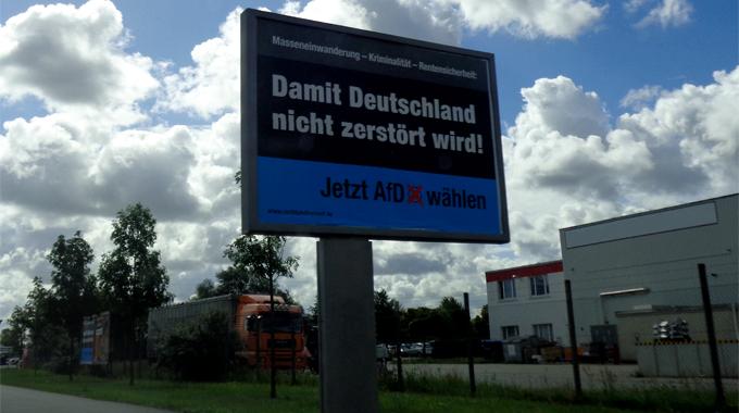 Foto_Großflaechenplakat_waehltafd2016