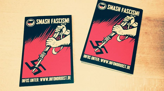 Foto_Aufkleber.smashfascism_april2017