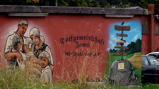 Foto_dorfgemeinschaftJamel_via.DefiantGreifswald