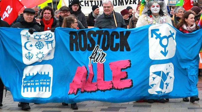 Foto_RostockfuerAlle_via.Rostocknazifrei