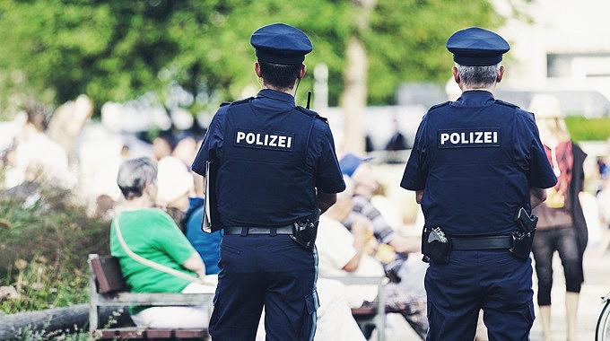 Foto_PolizeiKeinFreundUndHelfer